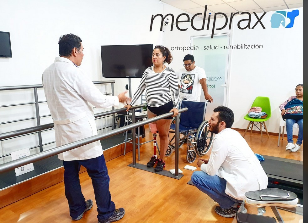 licenciados-en-prótesis-parte-del-equipo-de-mediprax