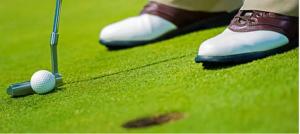 zapato-deportivo para-golf-en-pasto-sintetico