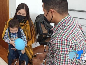 prótesis-de-brazo-para-bebés